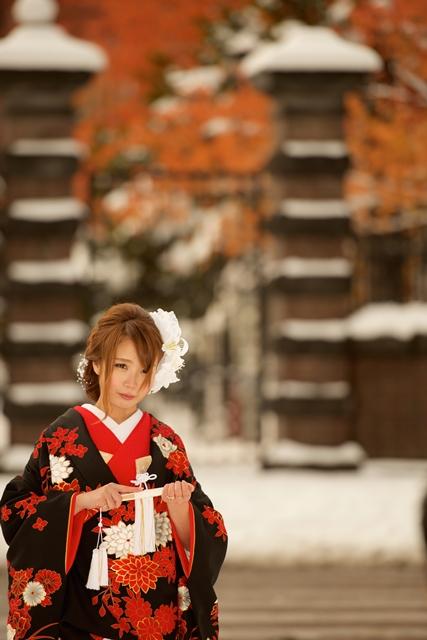 紅葉と雪 前撮り結婚写真