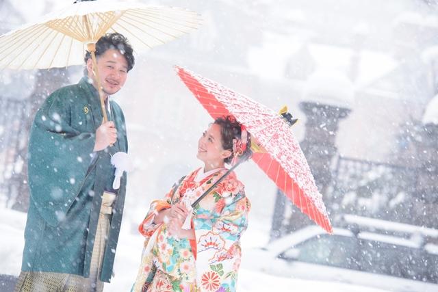 着物 雪の北海道道庁赤レンガ