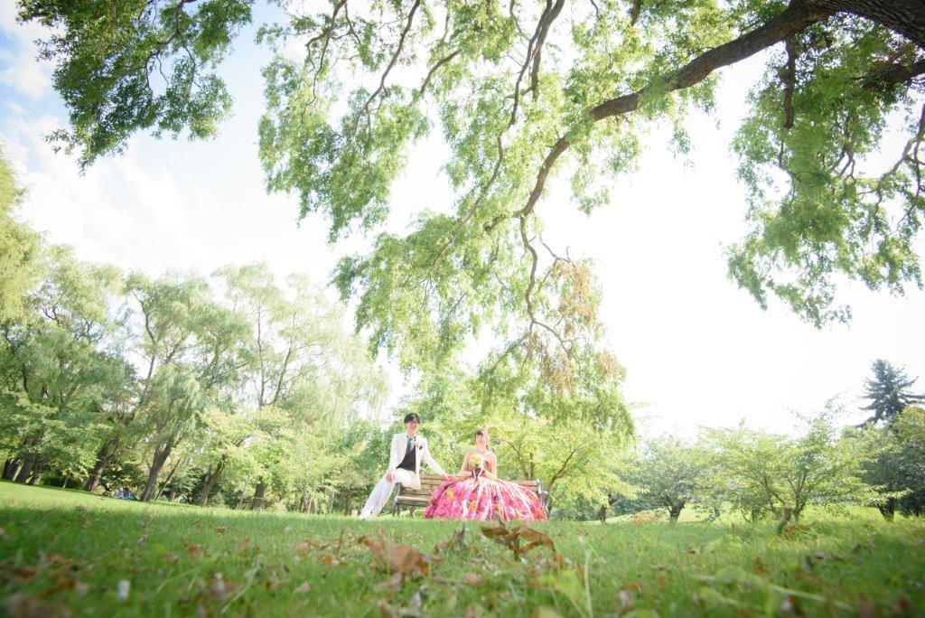 中島公園、JILL STUARTやアンテプリマ、NATURAL BEAUTY、ANTONIO RIVA(アントニオ・リーヴァ)、MIKA NINAGAWAなどハイエンドのブランドドレスが1000着の中から選べる